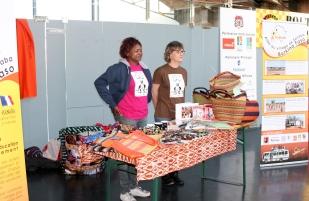 Vente d'artisanat Afrciain au STB